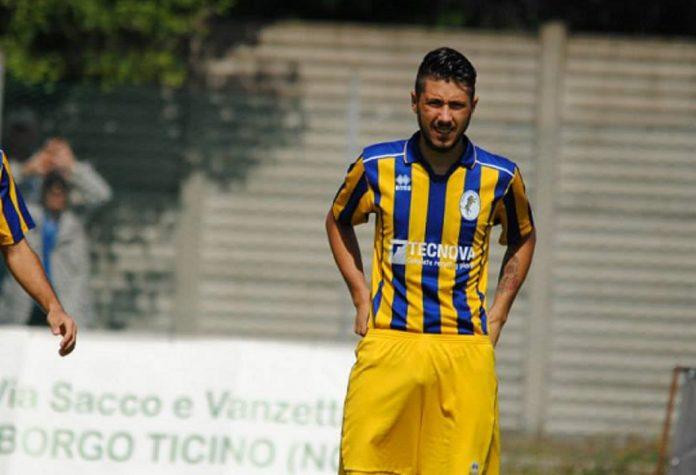 Cristian Manfroni, qui con la maglia dello Sporting Bellinzago, è un nuovo giocatore della Sestese